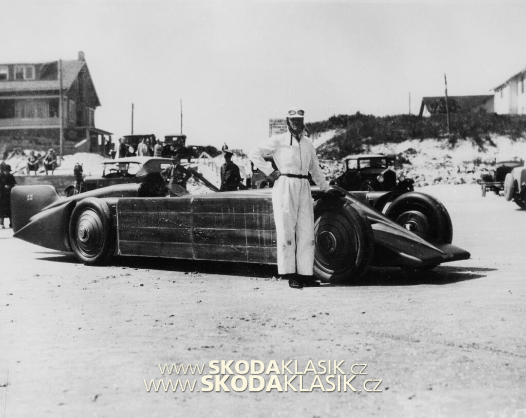 Golden Arrow v Daytona Beach, 1929.