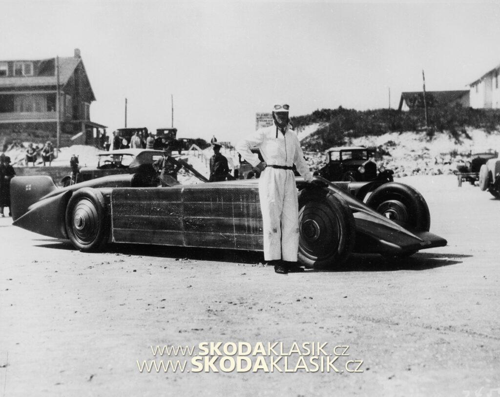 Golden Arrow v Daytona Beach, 1929.